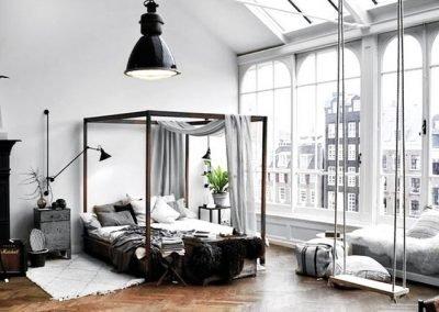 Zona letto di un loft