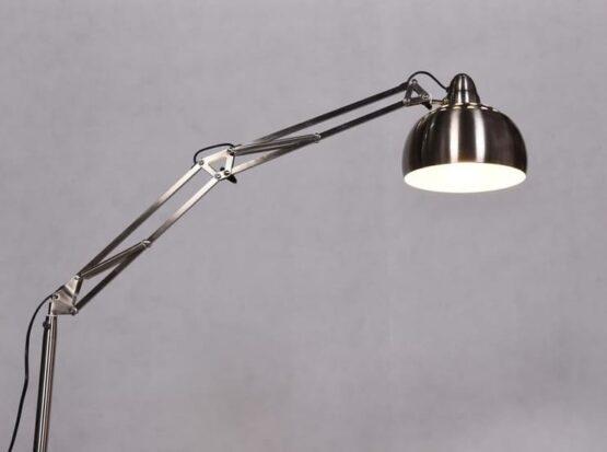 lampada da terra ufficio