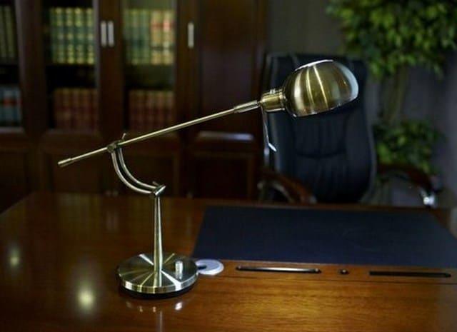lampada da scrivania per studiare