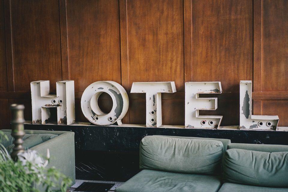 Lampade per alberghi comodini scrivanie e per l intera stanza