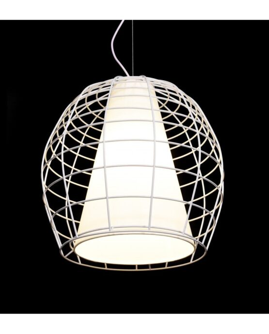 lampada brutalista di design colore bianco con rete metallica e tessuto