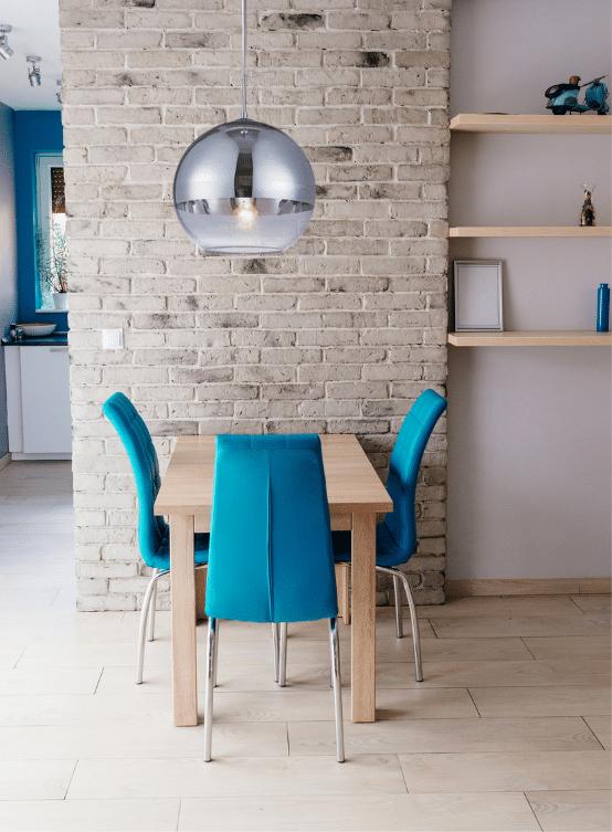 lampadario a sfera per cucina color argentato cromato e trasparente