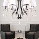 lampadario bianco classico con cristalli e gocce