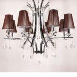 lampadario cristallo classico a sospensione con struttura marrone