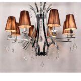 lampadario a soffitto in stile classico con struttura cromata