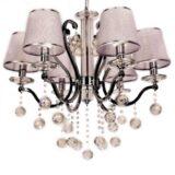 lampadario classico soggiorno con sfere di cristallo e paralumi in tessuto