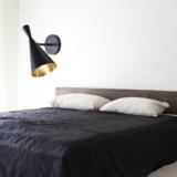 applique vintage a forma di imbuto colore nero stile tom dixon applique letto