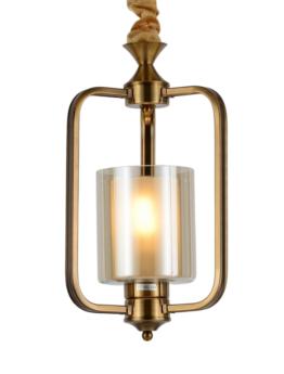 lampadari ottone e vetro a soffitto