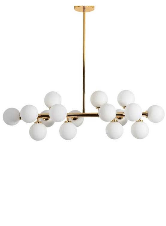 lampadario formata da una barra dorata con agganciate palle di vetro bianche