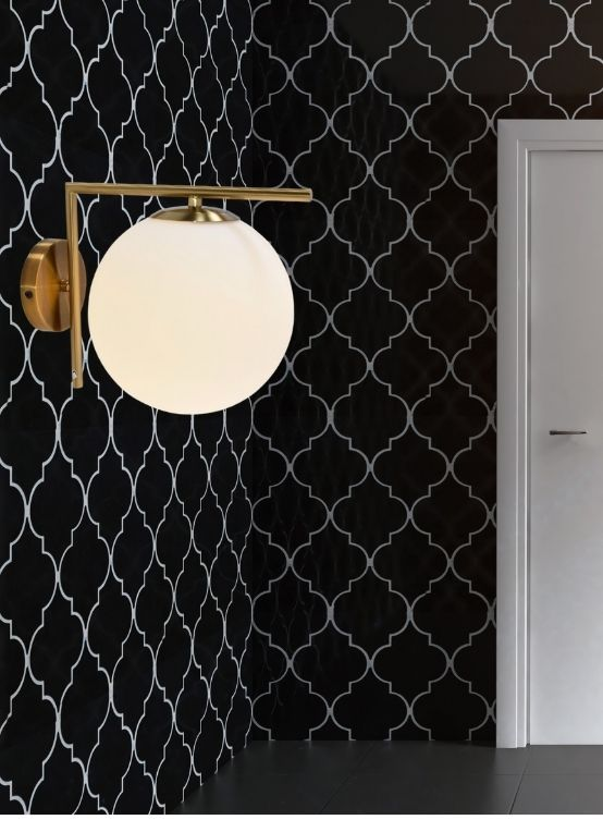 lampada da parete palla vetro struttura ottonw
